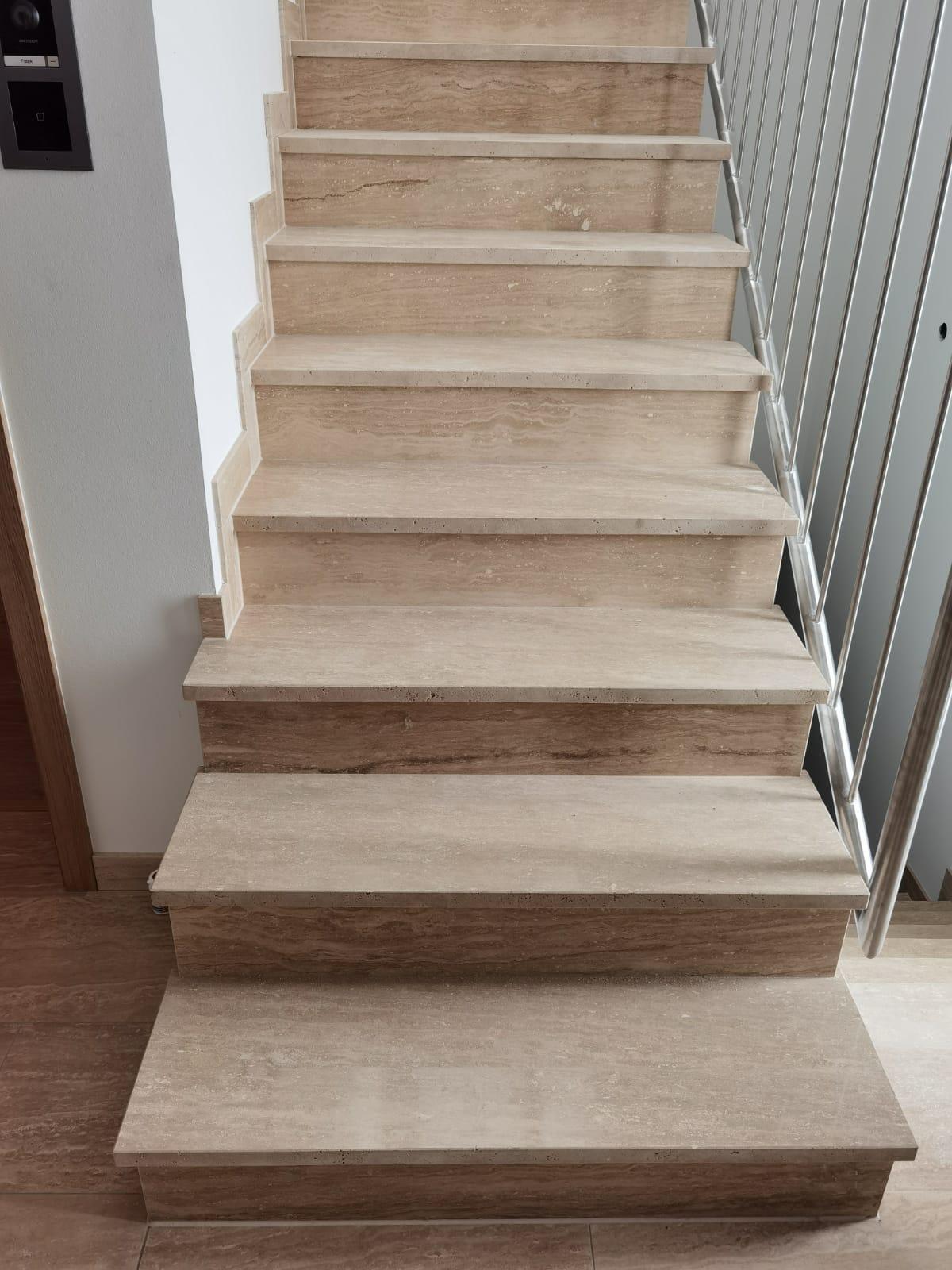 Treppen Nideggen 02